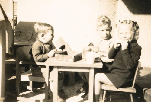 Murray, Graham and Barbara LUCAS